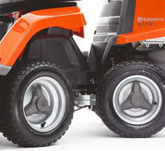Husqvarna rider lawnmower R112C with four large wheels
